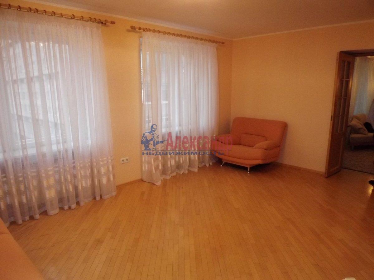 2-комнатная квартира (89м2) в аренду по адресу Богатырский пр., 8— фото 5 из 10