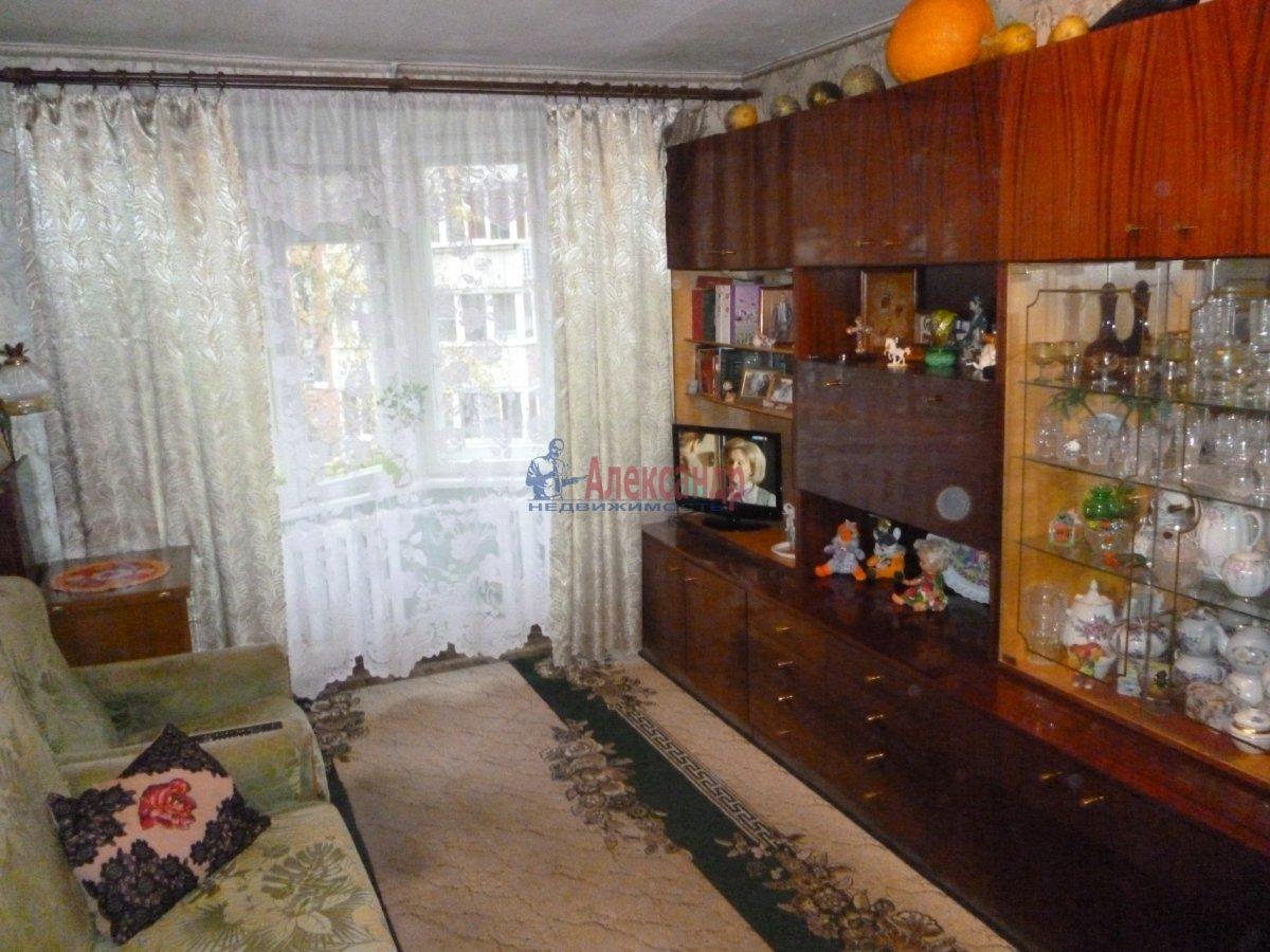 1-комнатная квартира (35м2) в аренду по адресу Учительская ул., 14— фото 1 из 6