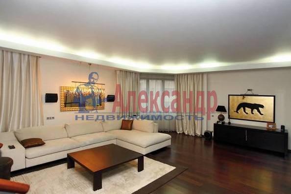 3-комнатная квартира (110м2) в аренду по адресу Морской пр., 15— фото 1 из 5