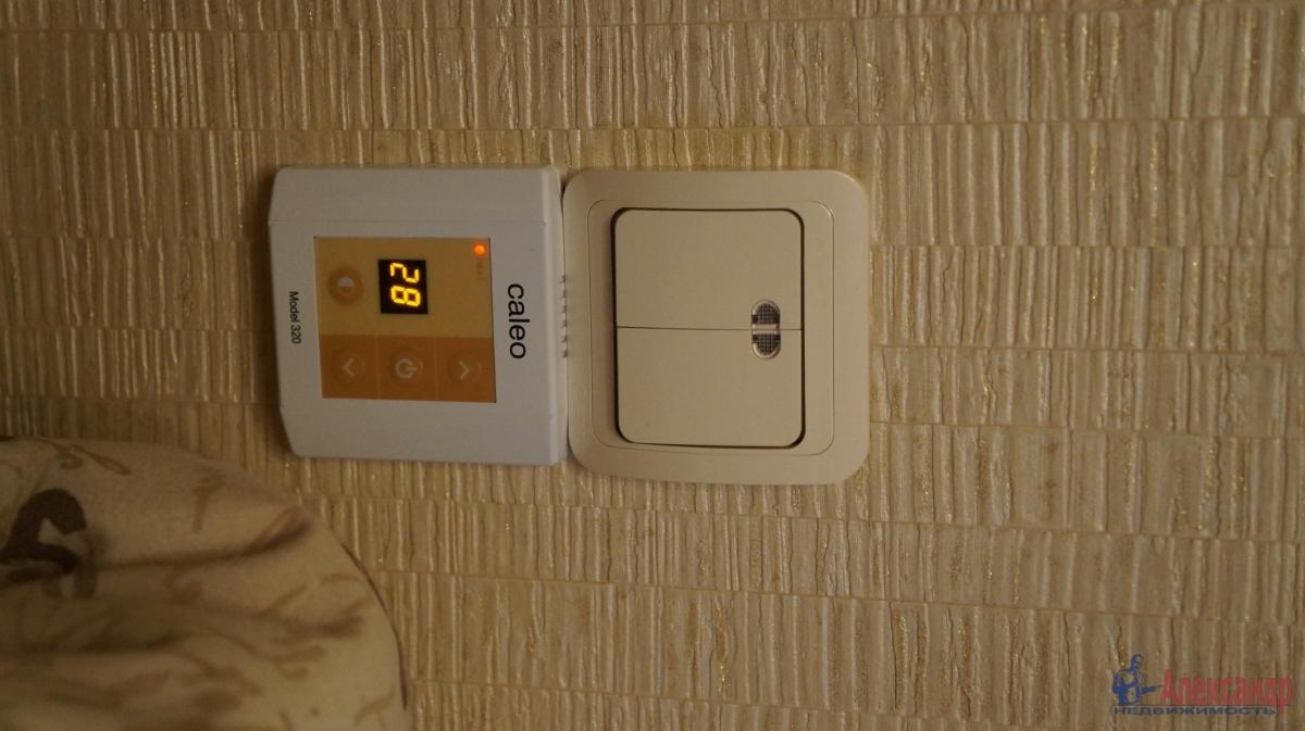 1-комнатная квартира (33м2) в аренду по адресу Кудрово дер., Ленинградская ул., 3— фото 7 из 7