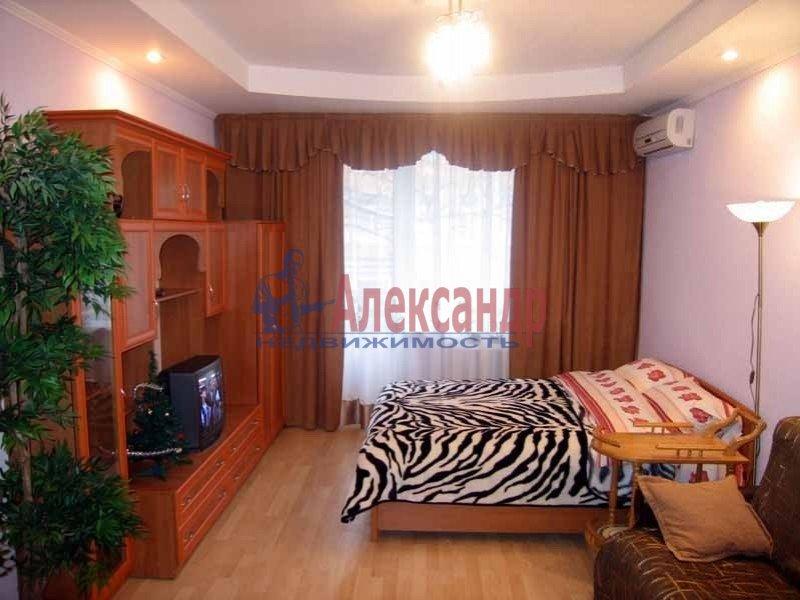 1-комнатная квартира (36м2) в аренду по адресу Художников пр., 27— фото 1 из 1