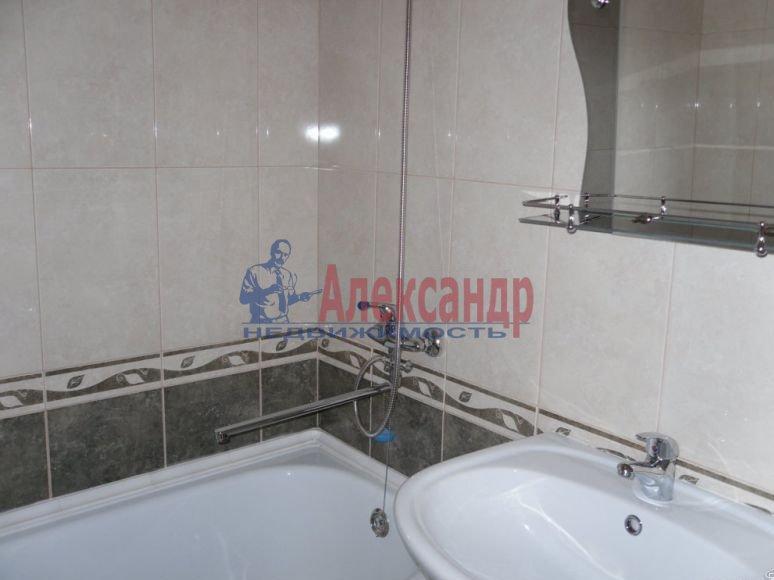1-комнатная квартира (40м2) в аренду по адресу Богатырский пр., 12— фото 2 из 6