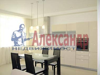 2-комнатная квартира (72м2) в аренду по адресу Юрия Гагарина просп., 77— фото 3 из 4