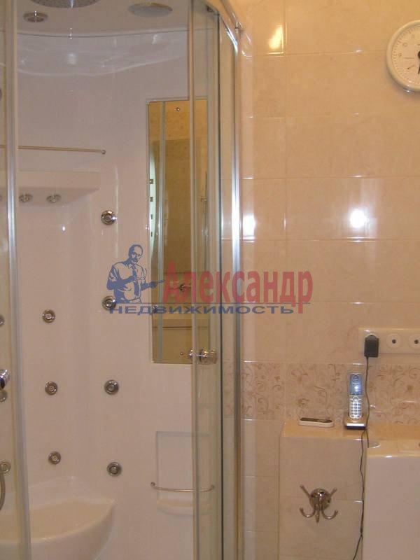 3-комнатная квартира (114м2) в аренду по адресу Парадная ул., 3— фото 11 из 12