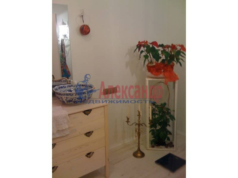 1-комнатная квартира (70м2) в аренду по адресу Дунайский пр.— фото 2 из 3