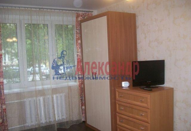 1-комнатная квартира (37м2) в аренду по адресу Авиаконструкторов пр., 4— фото 1 из 8