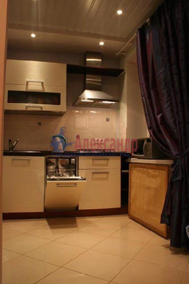 2-комнатная квартира (58м2) в аренду по адресу Галерная ул., 26— фото 1 из 5