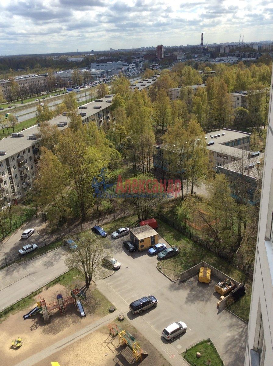 1-комнатная квартира (39м2) в аренду по адресу Карпинского ул., 33— фото 7 из 7