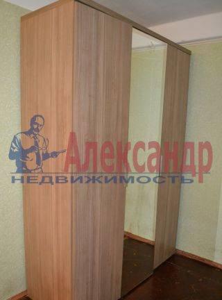 2-комнатная квартира (56м2) в аренду по адресу Ткачей ул.— фото 2 из 3