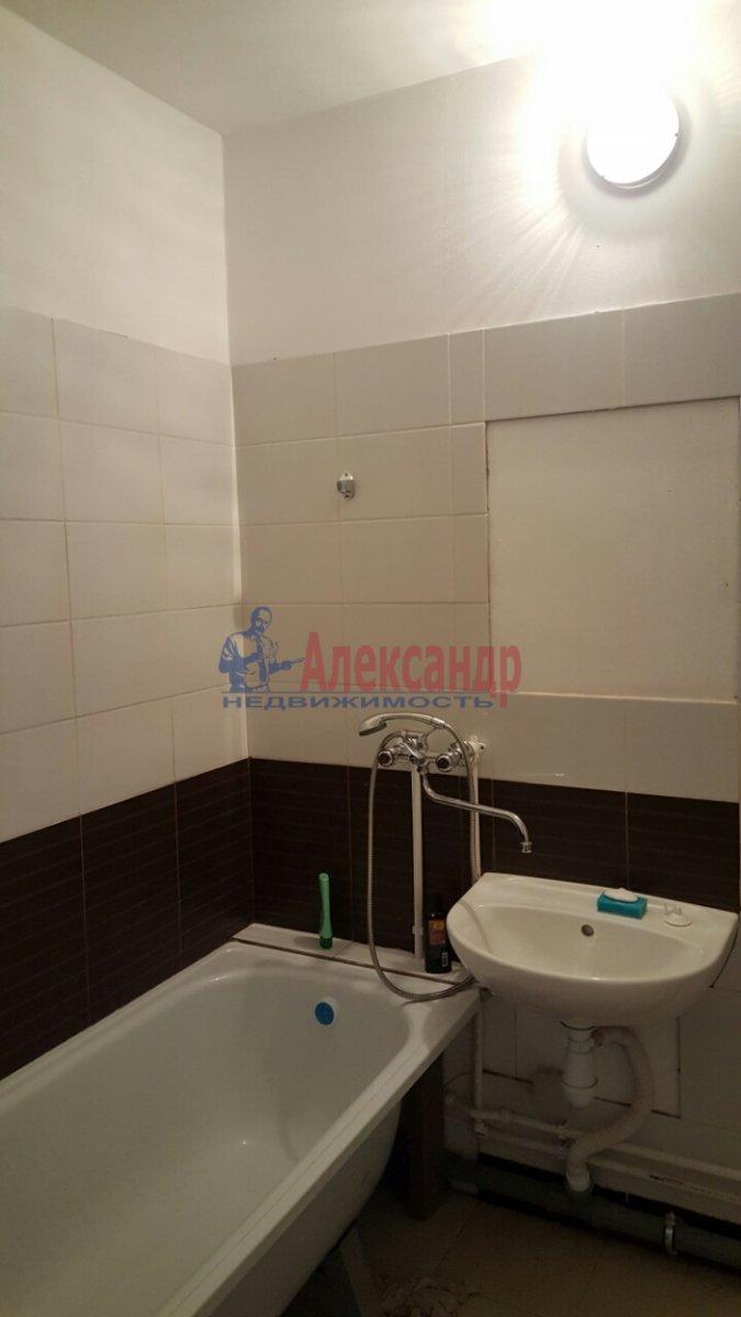 1-комнатная квартира (38м2) в аренду по адресу Парголово пос., Федора Абрамова ул., 23— фото 3 из 8