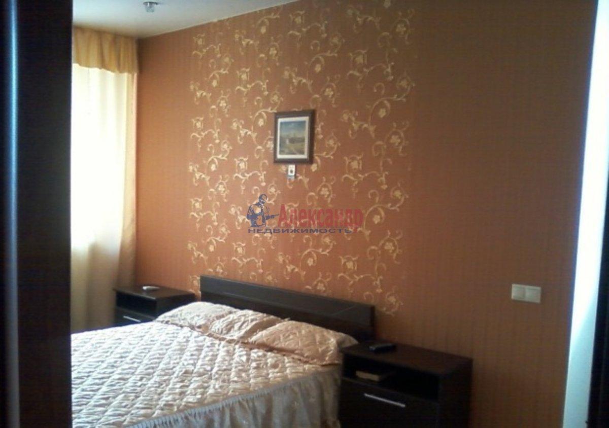 2-комнатная квартира (70м2) в аренду по адресу Дачный пр., 2— фото 1 из 3