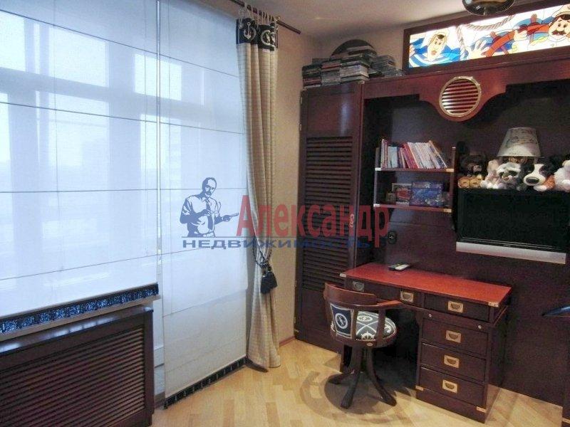 1-комнатная квартира (35м2) в аренду по адресу Литейный пр., 43— фото 1 из 3