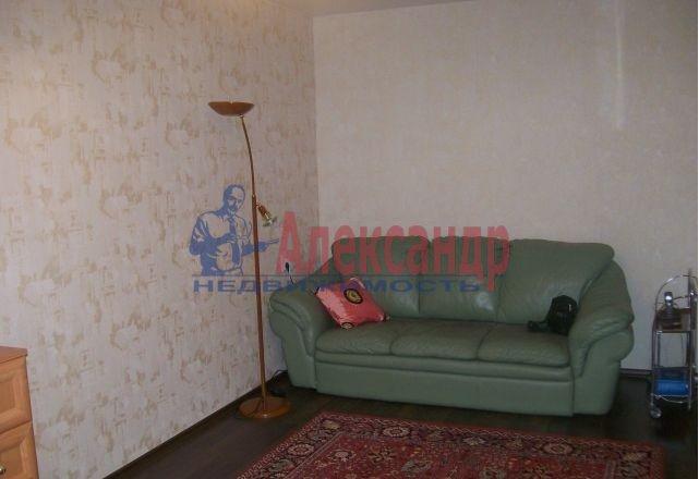 1-комнатная квартира (37м2) в аренду по адресу Авиаконструкторов пр., 4— фото 2 из 8