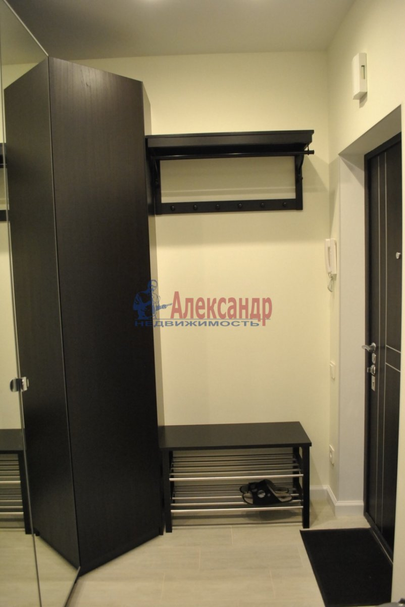 1-комнатная квартира (50м2) в аренду по адресу Лиговский пр., 123— фото 7 из 7