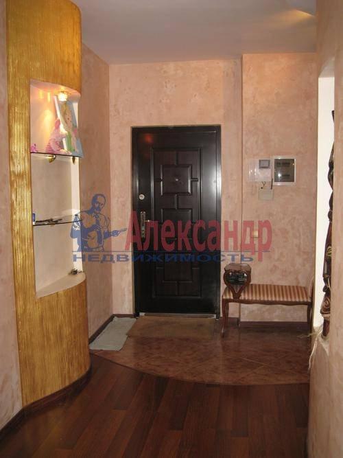 2-комнатная квартира (63м2) в аренду по адресу Фрунзе ул., 5— фото 2 из 8