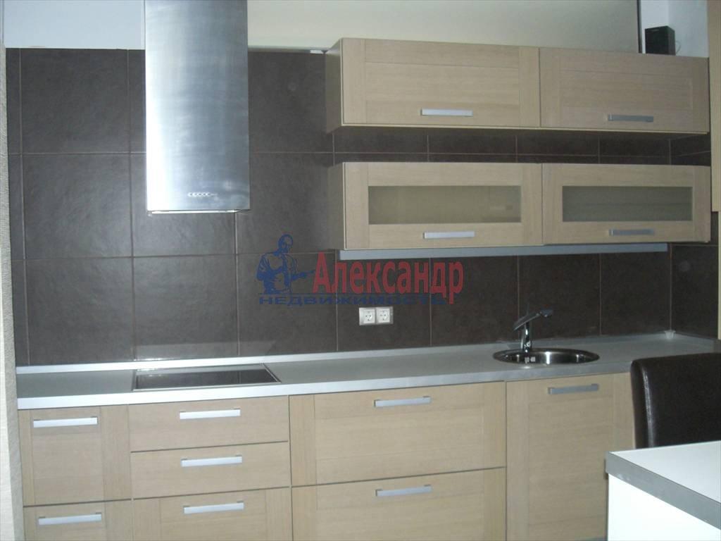 3-комнатная квартира (85м2) в аренду по адресу Новочеркасский пр., 33— фото 4 из 9