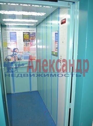 3-комнатная квартира (75м2) в аренду по адресу Приозерское шос., 10— фото 4 из 10