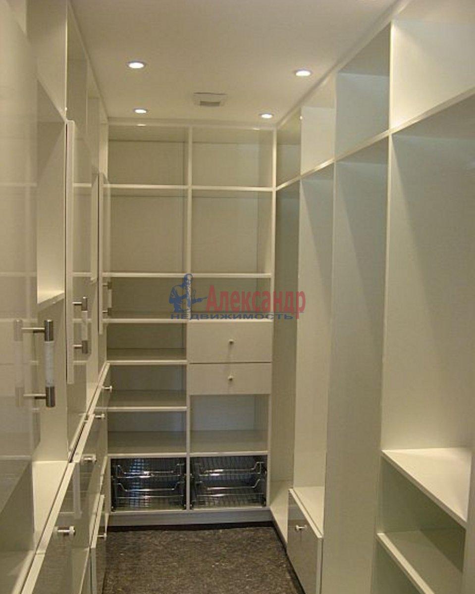 2-комнатная квартира (75м2) в аренду по адресу Московский просп., 183— фото 3 из 3