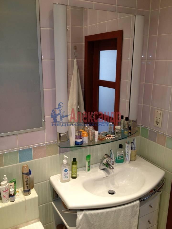 2-комнатная квартира (51м2) в аренду по адресу Васи Алексеева ул., 14— фото 9 из 9