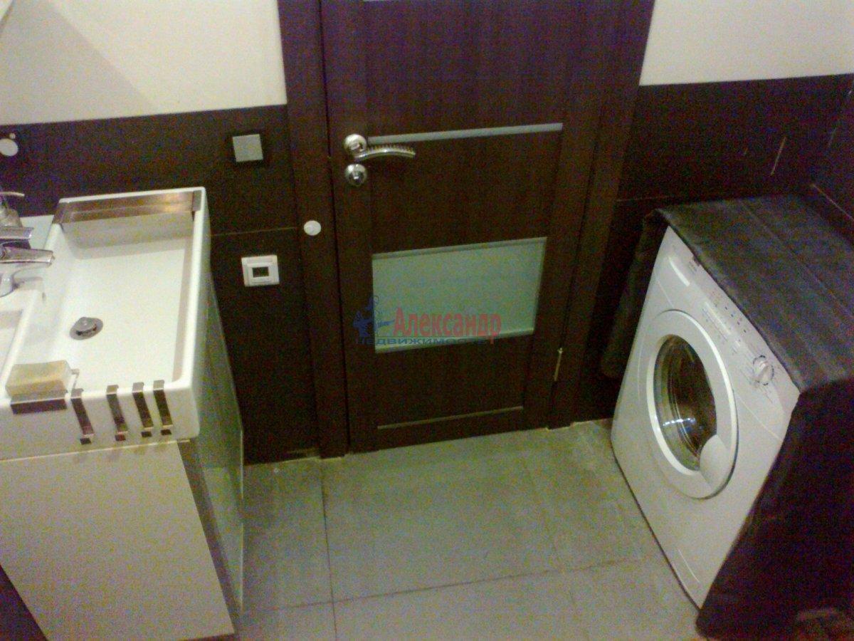 1-комнатная квартира (38м2) в аренду по адресу Полозова ул.— фото 4 из 9