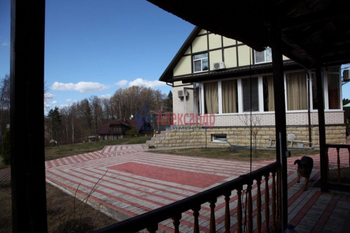 Дом (360м2) в аренду — фото 1 из 6