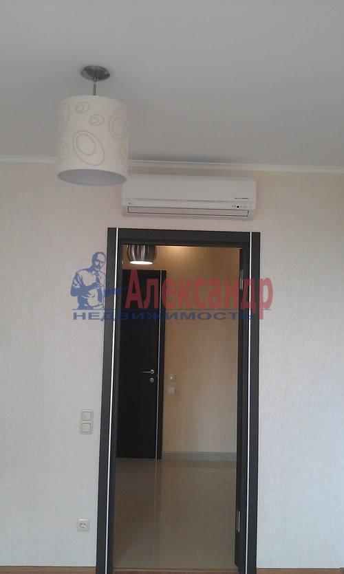 2-комнатная квартира (75м2) в аренду по адресу Наставников пр., 3— фото 4 из 13