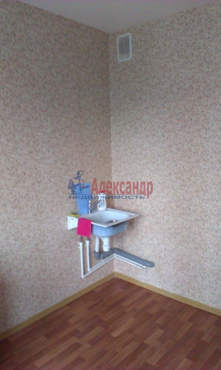 2-комнатная квартира (54м2) в аренду по адресу Федора Абрамова ул., 8— фото 2 из 6
