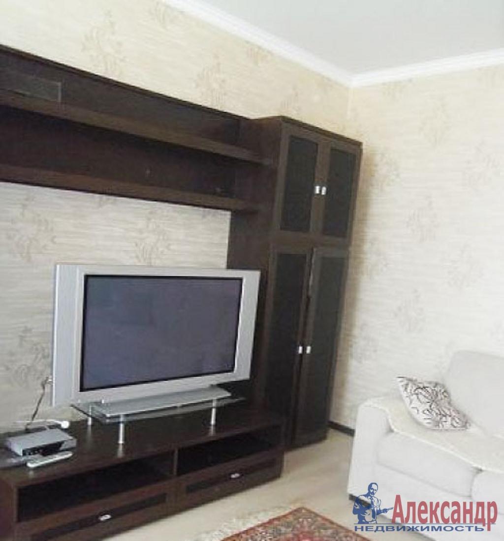 1-комнатная квартира (41м2) в аренду по адресу Кораблестроителей ул., 30— фото 2 из 4