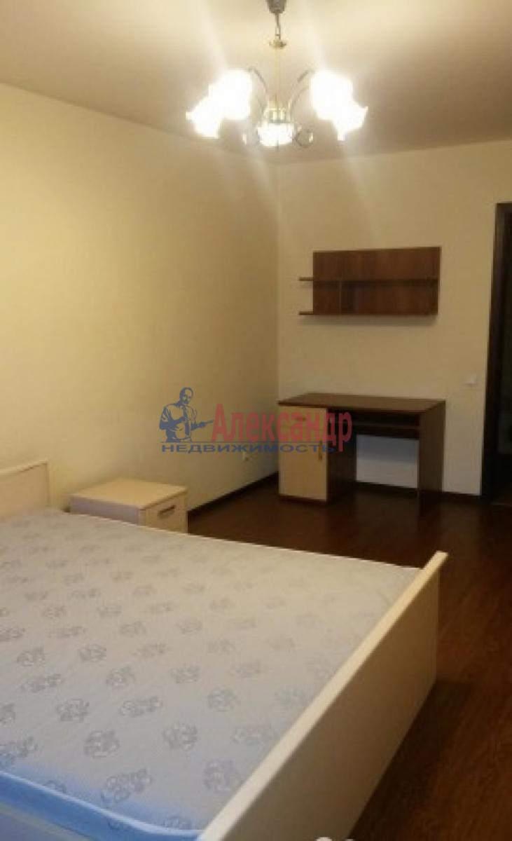 1-комнатная квартира (44м2) в аренду по адресу Варшавская ул., 69— фото 2 из 9