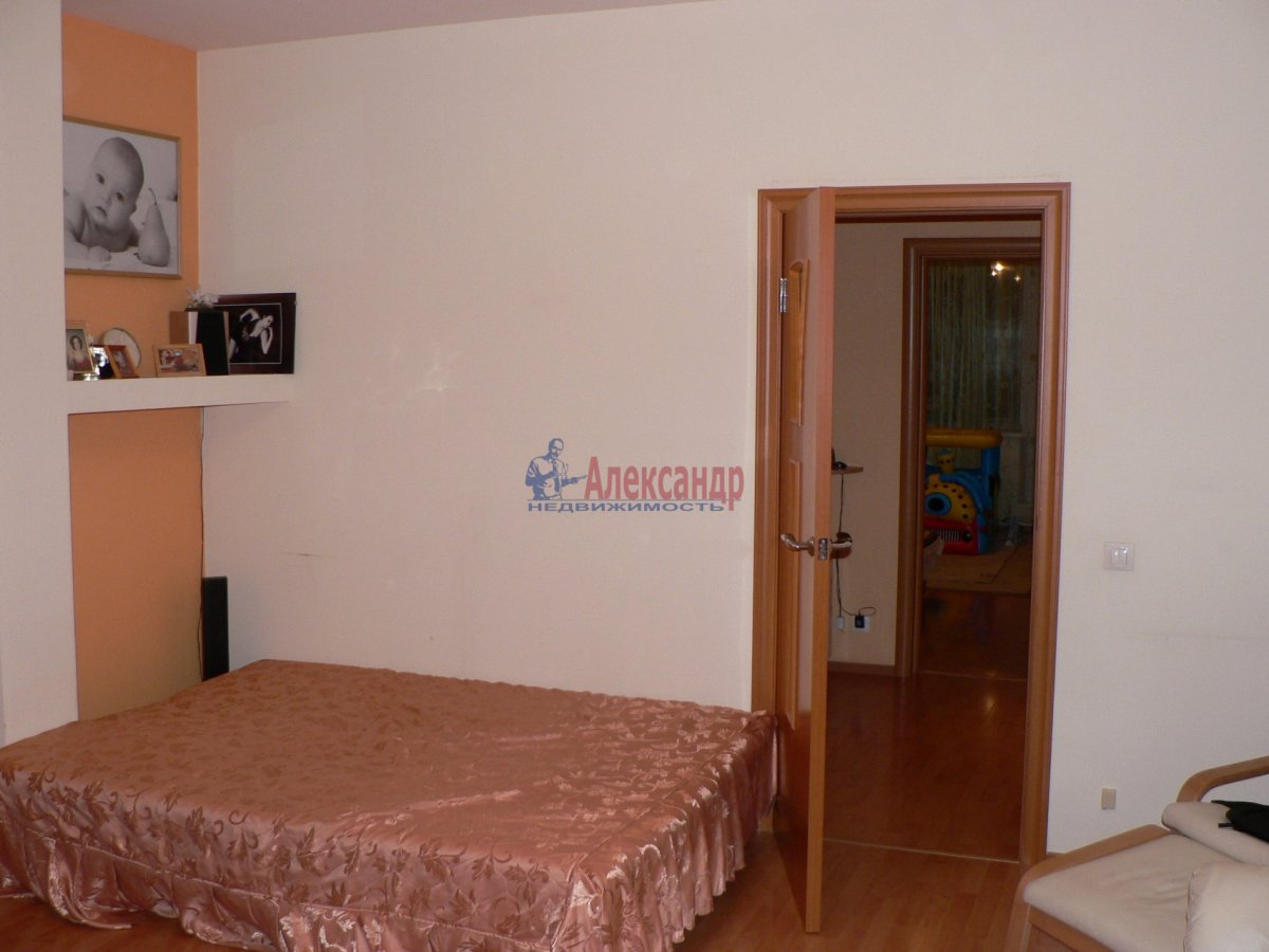 1-комнатная квартира (35м2) в аренду по адресу Тихорецкий пр., 12— фото 3 из 3