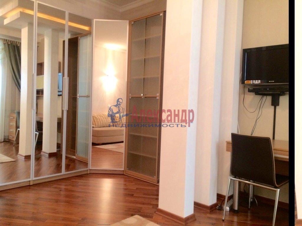 4-комнатная квартира (130м2) в аренду по адресу Бассейная ул., 10— фото 16 из 17