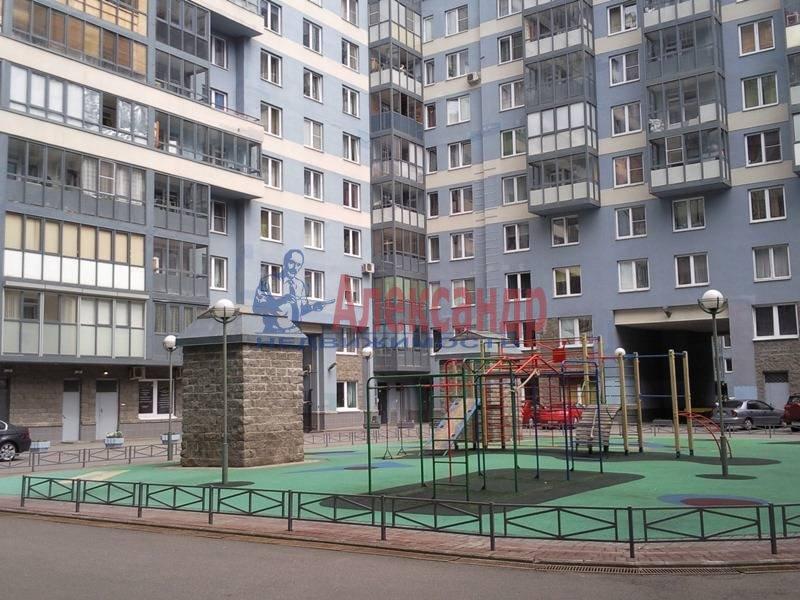 1-комнатная квартира (48м2) в аренду по адресу Капитанская ул., 4— фото 5 из 12