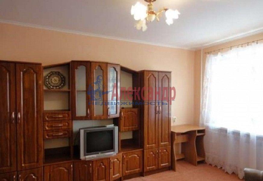 2-комнатная квартира (51м2) в аренду по адресу Культуры пр., 7— фото 3 из 10