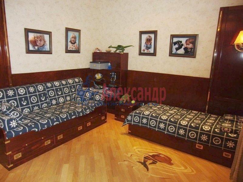 1-комнатная квартира (35м2) в аренду по адресу Литейный пр., 43— фото 3 из 3