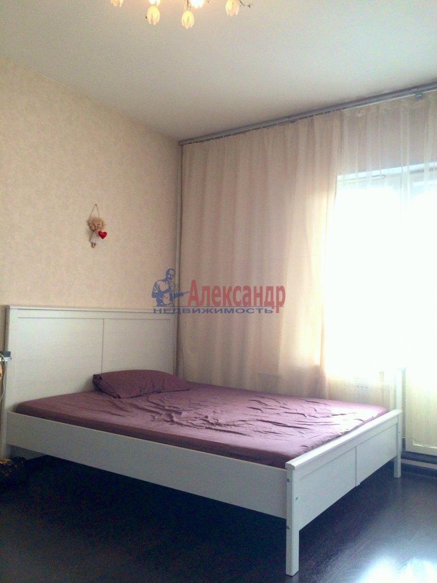 1-комнатная квартира (43м2) в аренду по адресу Коломяжский пр., 15— фото 4 из 6