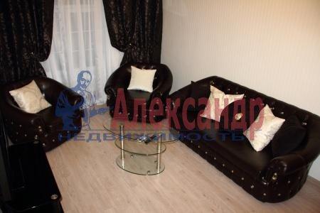 3-комнатная квартира (80м2) в аренду по адресу Загребский бул., 9— фото 3 из 5
