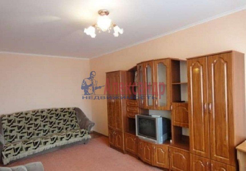 2-комнатная квартира (51м2) в аренду по адресу Культуры пр., 7— фото 4 из 10