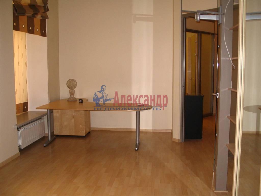 3-комнатная квартира (130м2) в аренду по адресу Миллионная ул.— фото 3 из 45
