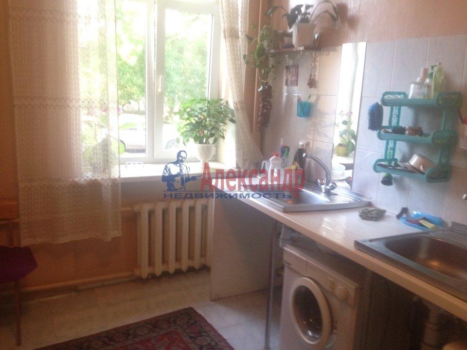 Комната в 4-комнатной квартире (150м2) в аренду по адресу Александра Ульянова ул., 10— фото 5 из 6