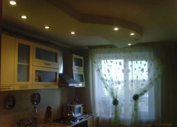 1-комнатная квартира (40м2) в аренду по адресу Михаила Дудина ул.— фото 2 из 2