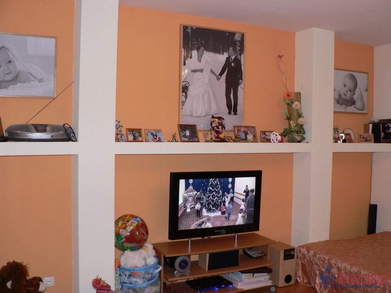 1-комнатная квартира (35м2) в аренду по адресу Тихорецкий пр., 12— фото 4 из 4
