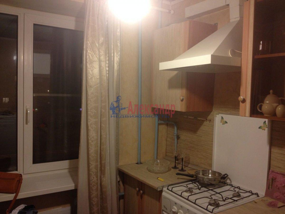 1-комнатная квартира (31м2) в аренду по адресу Будапештская ул., 10— фото 2 из 4