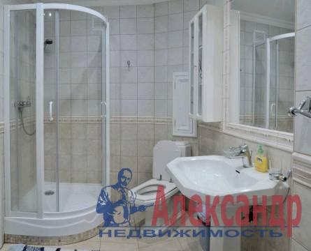 3-комнатная квартира (100м2) в аренду по адресу Канала Грибоедова наб., 23— фото 4 из 5