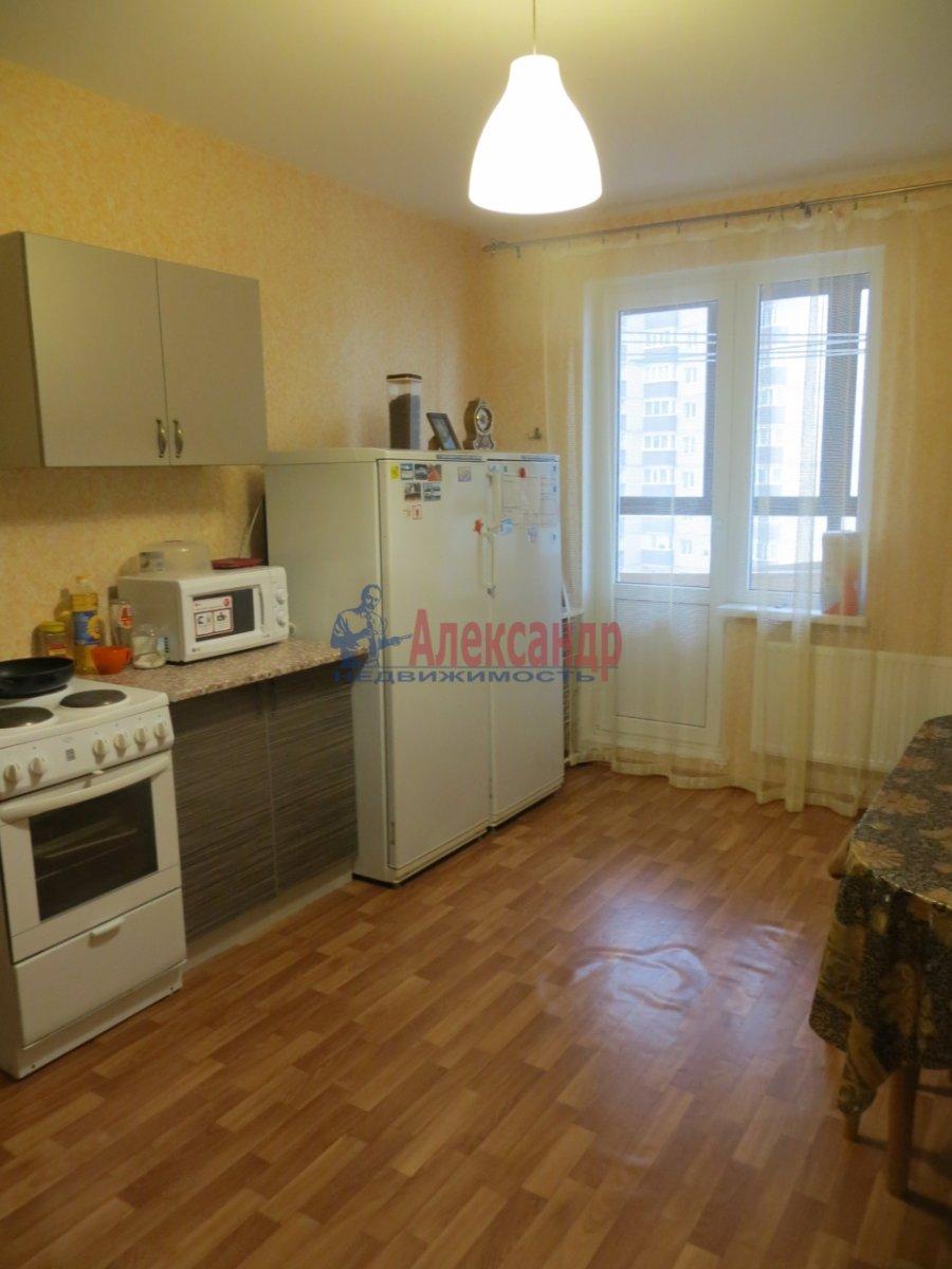 1-комнатная квартира (40м2) в аренду по адресу Ленинский пр., 166— фото 1 из 3