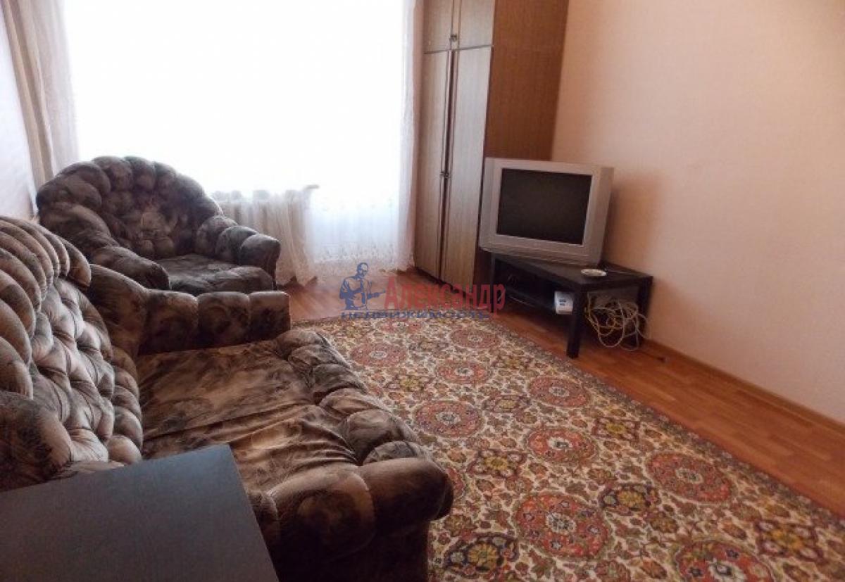 1-комнатная квартира (36м2) в аренду по адресу Маршала Блюхера пр., 44— фото 5 из 8