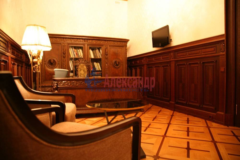 5-комнатная квартира (220м2) в аренду по адресу Каменноостровский пр., 1/3— фото 6 из 8