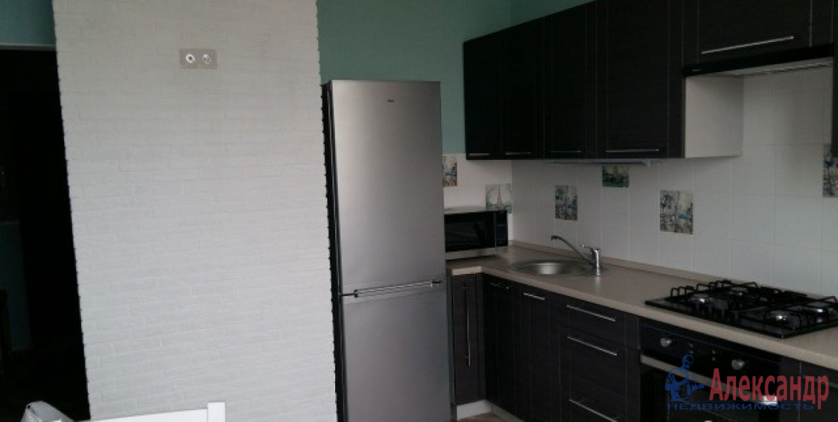 1-комнатная квартира (40м2) в аренду по адресу Дунайский пр., 14— фото 1 из 8