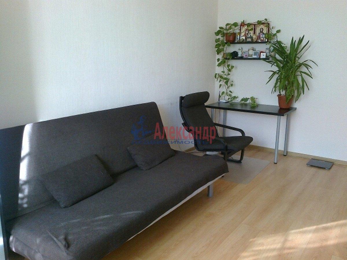 1-комнатная квартира (43м2) в аренду по адресу Композиторов ул., 12— фото 4 из 4