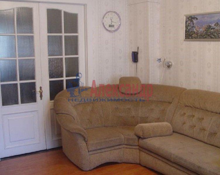3-комнатная квартира (70м2) в аренду по адресу Испытателей пр., 31— фото 2 из 6