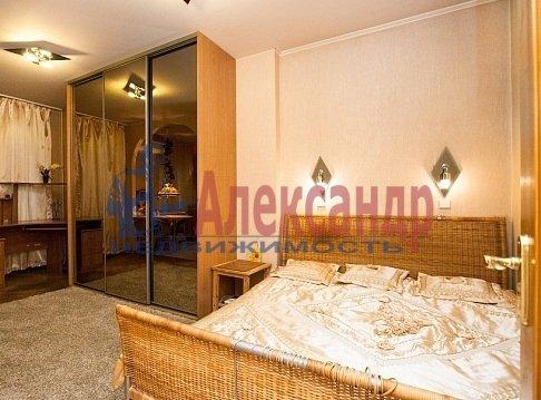 1-комнатная квартира (35м2) в аренду по адресу Обуховской Обороны пр., 117— фото 3 из 4